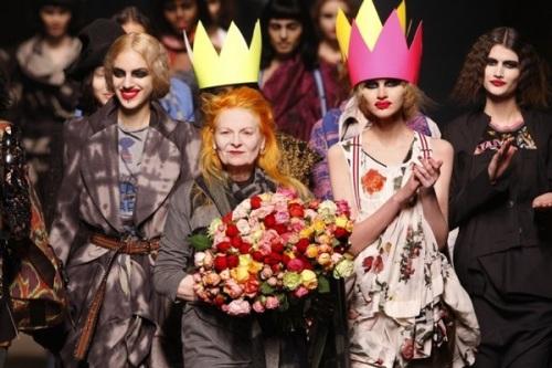 paris_fashion_week_fall_winter_2011_vivienne_westwood04.jpg